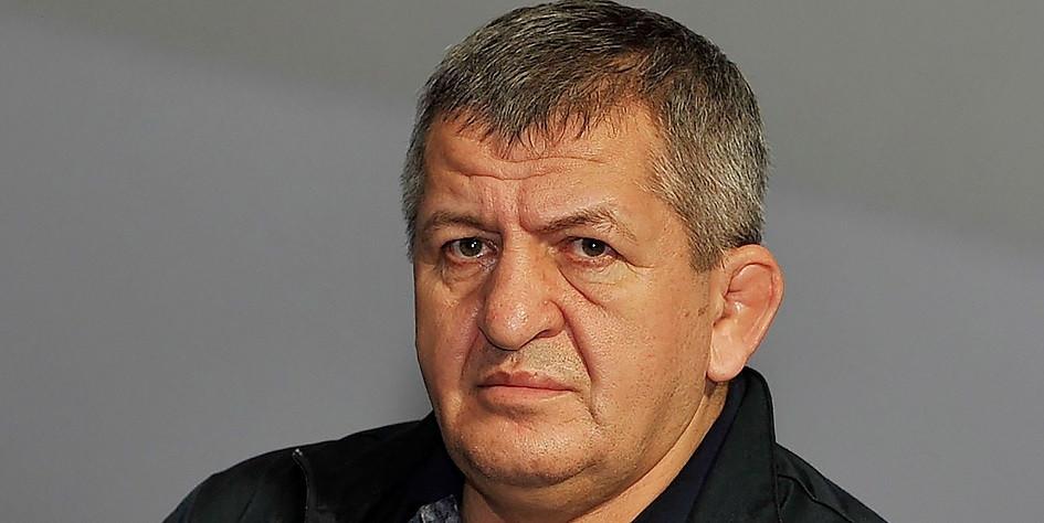 Менеджер Нурмагомедова сообщил о состоянии отца спортсмена
